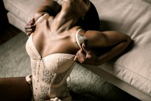 Mariella tantra massage in Tooele