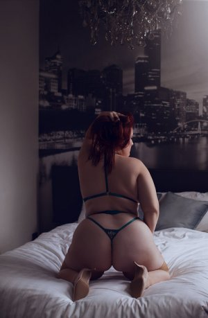 Blondie erotic massage in Pleasant View