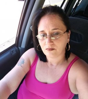 Vahide happy ending massage in Eustis FL