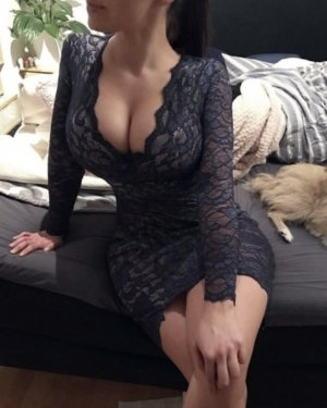 Cathia erotic massage in Crowley